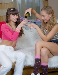 Teen cuties playing lesbian games